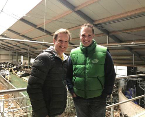 Epke Zonderland opende de staldeuren van Maatschap Korrel in Ouderkerk aan de Amstel
